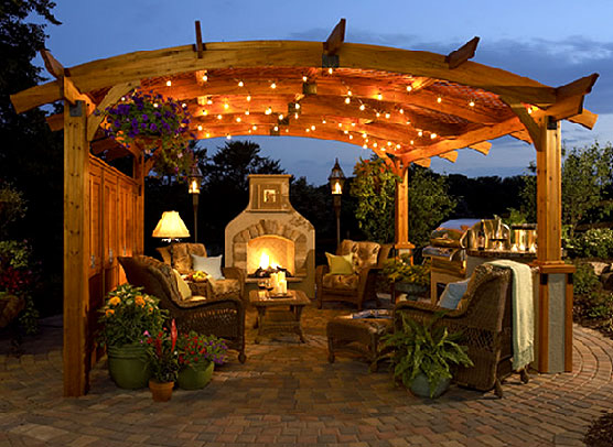 Outdoor Kitchen Areas